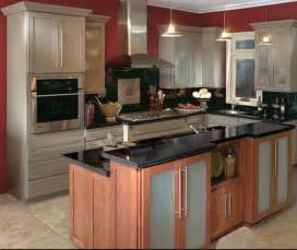 Ideas For Remodeling A Small Kitchen by Small Kitchen Remodel Ideas For 2016