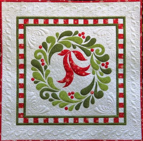 pattern for christmas wall hanging quilt feather fancy christmas wreath applique wall hanging