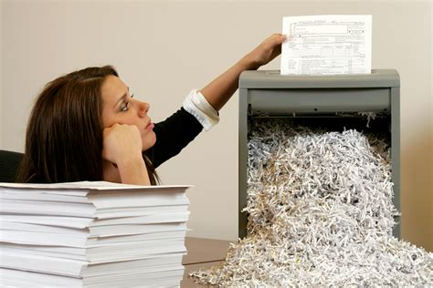home paper shredder choosing the best paper shredder for home use