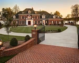 home driveway design ideas curb appeal driveway ideas landscape design brick pavers