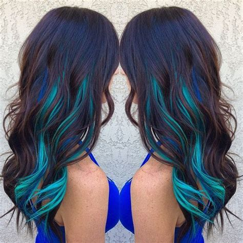 with blue streaks 17 best ideas about blue hair streaks on blue