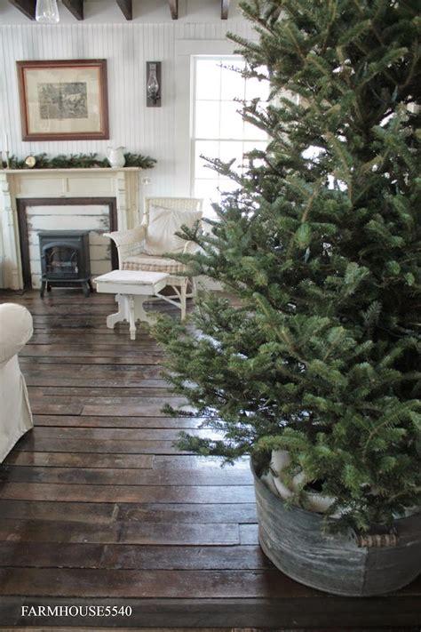 a bit of farmhouse galvanized zinc christmas decor