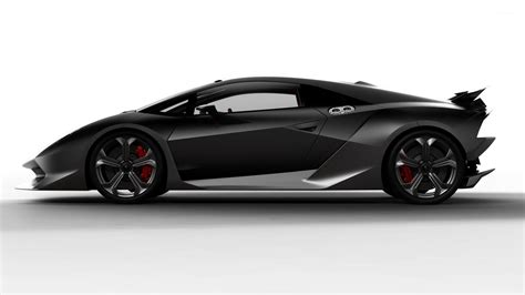 Lamborghini Side by Lamborghini Aventador Side View Www Pixshark