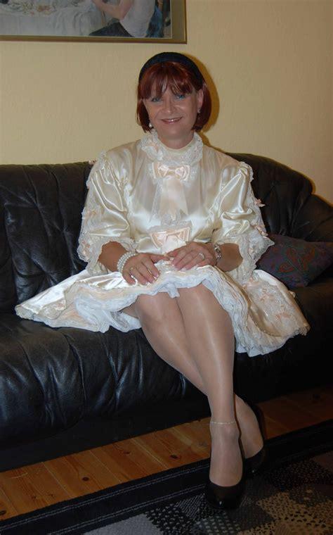 vintage crossdresser at home sissy maid bei einem besuch bei birgit habe ich mal ein
