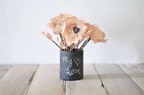 chalkboard vase a unique statement accessory by blue