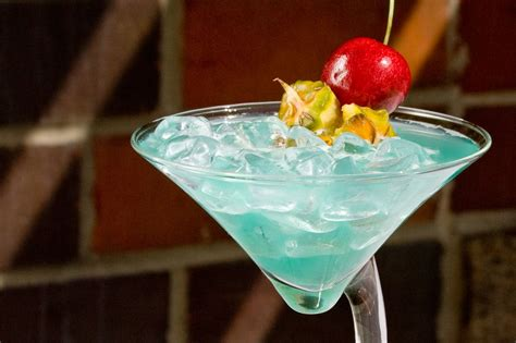 best tequila drinks 10 essential tequila cocktails you to try