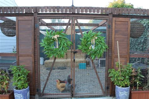 Chicken Coop Decorating Ideas by Extraordinary Chicken Coop Plans Decorating Ideas Gallery