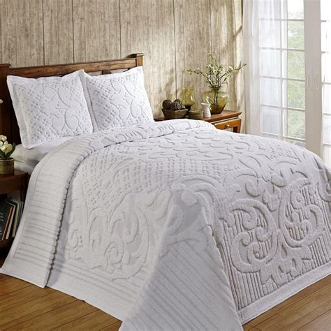 gorgeous bedding gorgeous 100 cotton chenille tufted medallion bedspread