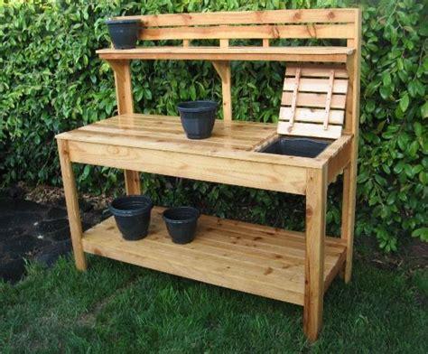cedar potting bench  soil tray