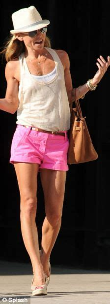 kelly ripa in shorts out and about in new york hawtcelebs i m hot kelly ripa wears tiny pink shorts in new york