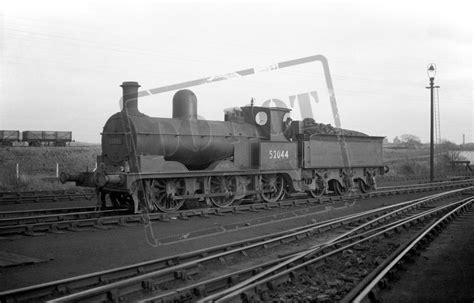 The Shed Wakefield by Rail Lyr Barton Wright Class 25 0 6 0