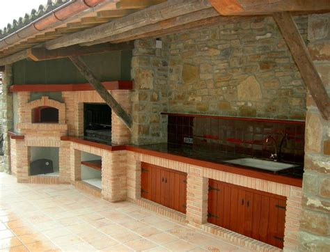 barbacoa para interior barbacoa horno y cocina de piedra rustica para exterior