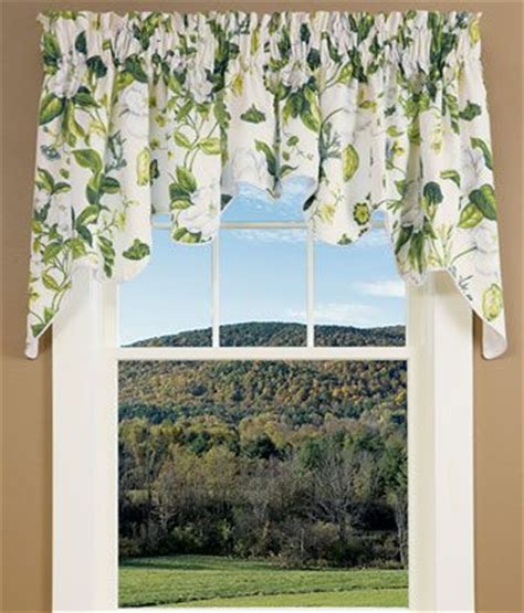 Magnolia Kitchen Curtains 61 Best Images About Windows On Window Treatments Door Curtains And Etched Glass