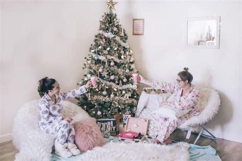 cozy christmas slumber party worldwidestylista