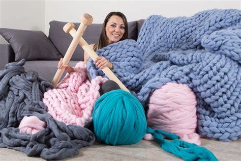 what size yarn for arm knitting how many yarn you need