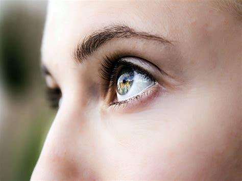 Pemutih Mata olahraga unik untuk kesehatan mata tips dokter cantik