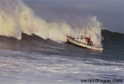 boat yaw series drogue ocean survival