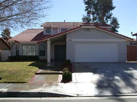home for rent 1308 herzel ave lancaster ca 93535