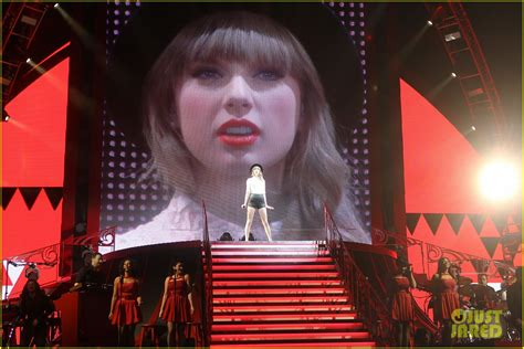 taylor swift fan club address taylor swift club red fan meet greet in newark photo
