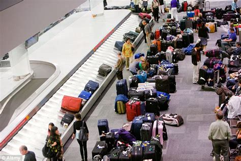 united baggage lost 28 images baggage compensation the time and money saving tips that airlines will never