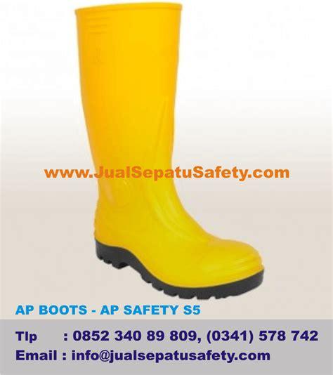 Harga Sepatu Boot Karet Warna Kuning sepatuolahragaa harga sepatu boot ap images