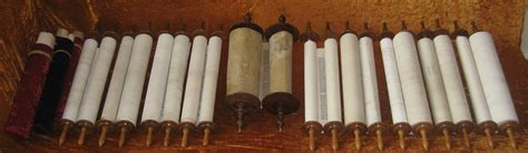 ã s scrolls godã s beloved words books the duties of a hebrew scribe or sofer hebrew scrolls