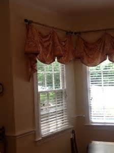 Decorating Above Kitchen Cabinets love the window treatment and shutters 191 dream decor