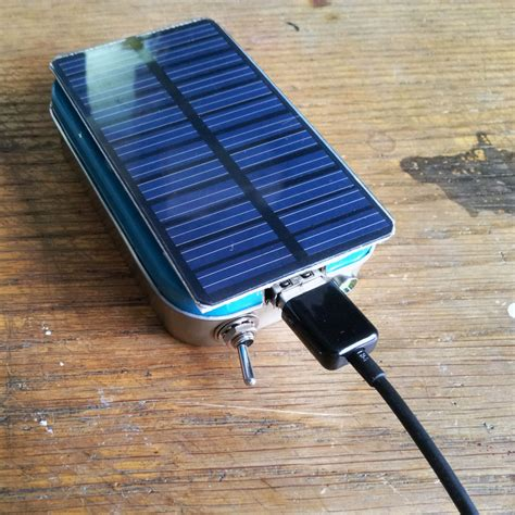altoids solar usb charger outlive the outbreak