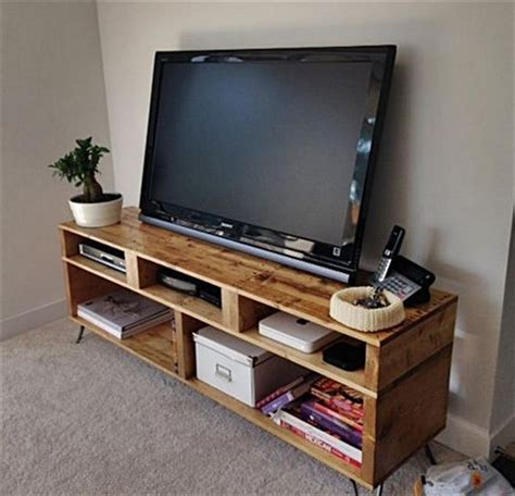 Media Table by Pallet Media Console Tables Tv Stands Pallet Wood Projects