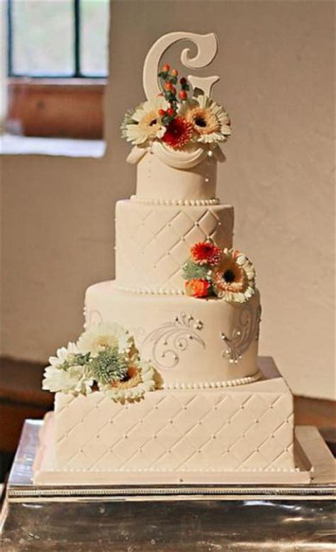 New Four Tier Wedding Cake 4 Tier Ivory Wedding Cake With Square And