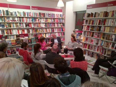 libreria via oberdan bologna ubik quot aiutateci comprate libri quot parma comunica