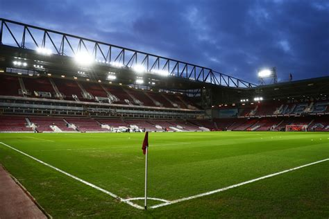 west ham   hammers  home upton park compares