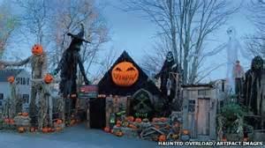 American Halloween Decorations A Spooky Comparison Britain Vs America