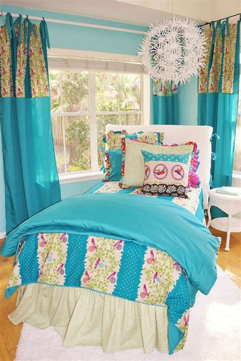 girly bed spread love love love the blue and floral 138 best images about girly bedroom decor on pinterest