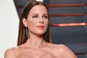 Average Vanity Size Kate Beckinsale Says Michael Bay Body Shamed Her The Cut