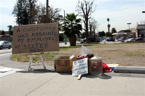 Small Bros Sb01 Whittier Activists Protest Unfair Treatment By Stater Bros