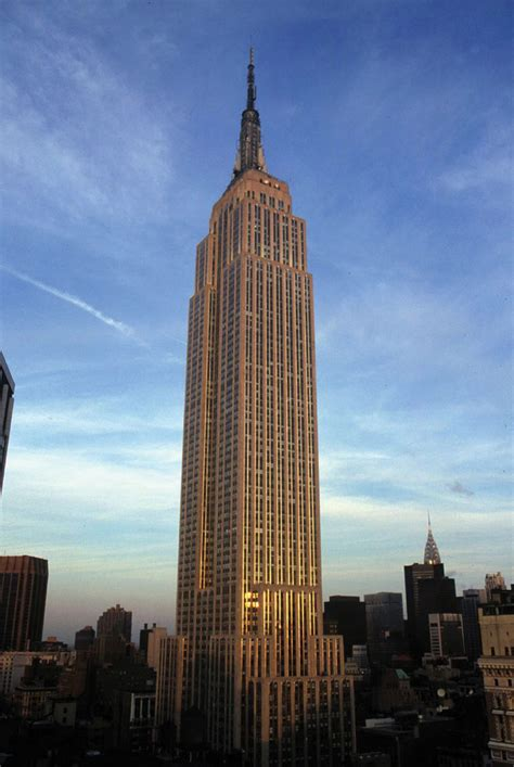 empire state building empire state building was the tallest building in the world architecture and house styles