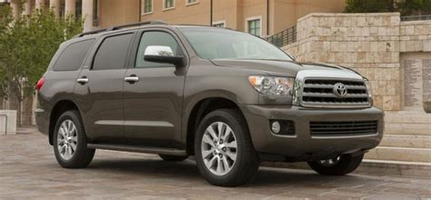 Toyota Sequoia Vs 4runner 2017 Toyota Sequoia Redesign And Pricing