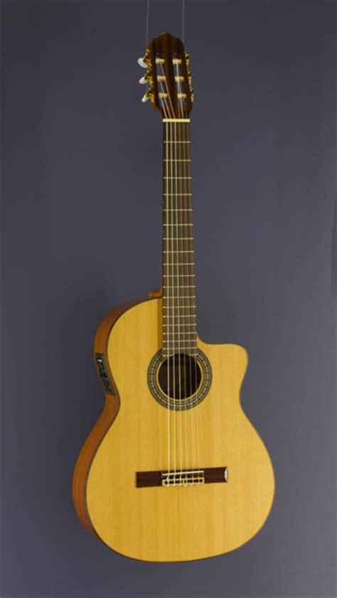 Gitarre Pickup Lackieren by Gitarren Mit Pickup Konzertgitarren Mit Tonabnehmer