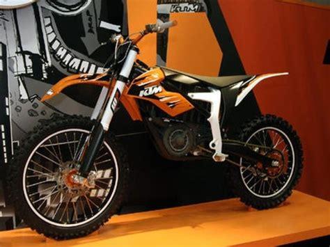Ktm Motorrad Werk by Ktm Stellt Motorr 228 Der Mit Elektro Antrieb Vor Auto
