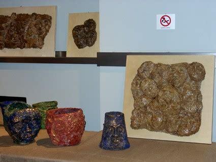 vasi in cartapesta cartapesta mostra cartaccia rilievi e vasi small