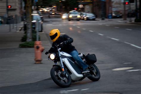 Motorrad Elektro Brammo by Elektro Motorrad Hersteller Brammo Baut Vertriebsnetz F 252 R