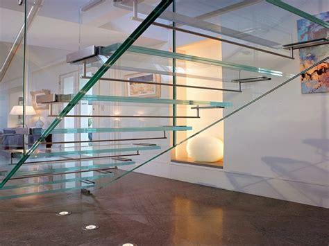 50 beispiele f 252 r moderne treppen aus glas innendesign - Treppen Aus Glas