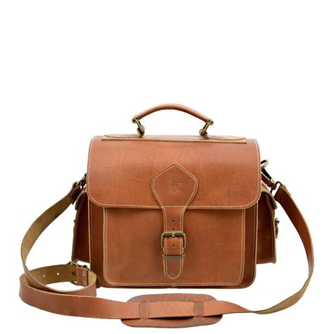 The Bag For The Who Is Doing The Gardener by Leather Bag Caramel