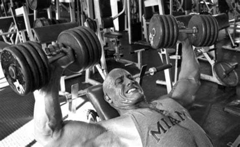 how much can dwayne johnson bench press the rock workout diet how he gets pumped pop workouts