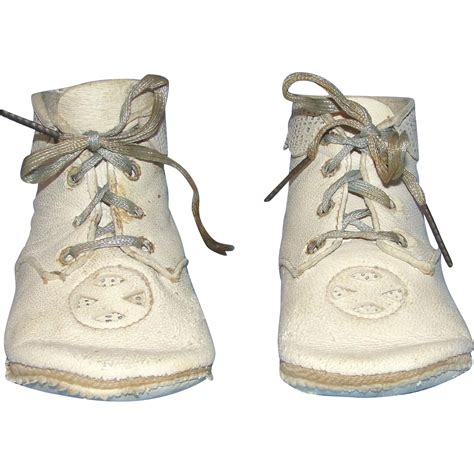 leather baby shoes vintage soft leather baby shoes from heirloomdolls on ruby