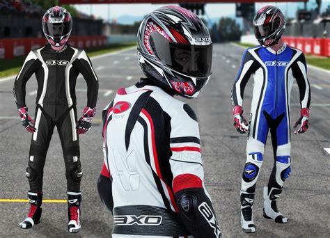 mono cuero moto outlet axo presenta su gama de monos de cuero motos monos de
