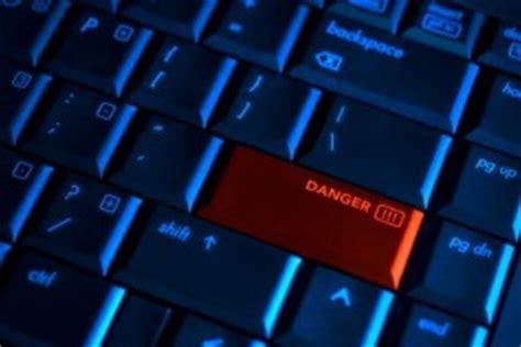 internet stranger danger