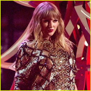taylor swift japan dates taylor swift photos news and videos just jared