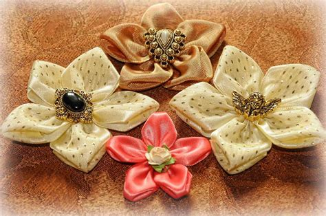 ribbon crafts on pinterest ribbon art ribbon flower and